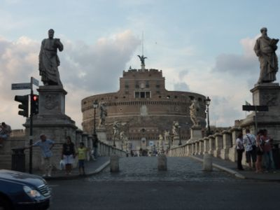 Castillo y puente de Sant'Angello
